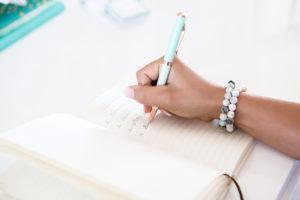 כתיבה אותנטית